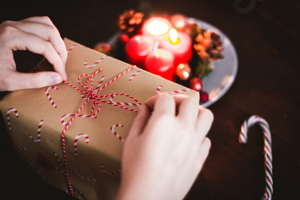 The Curious History of Gift-Giving – Gifting Hampers & Flowers in Singapore