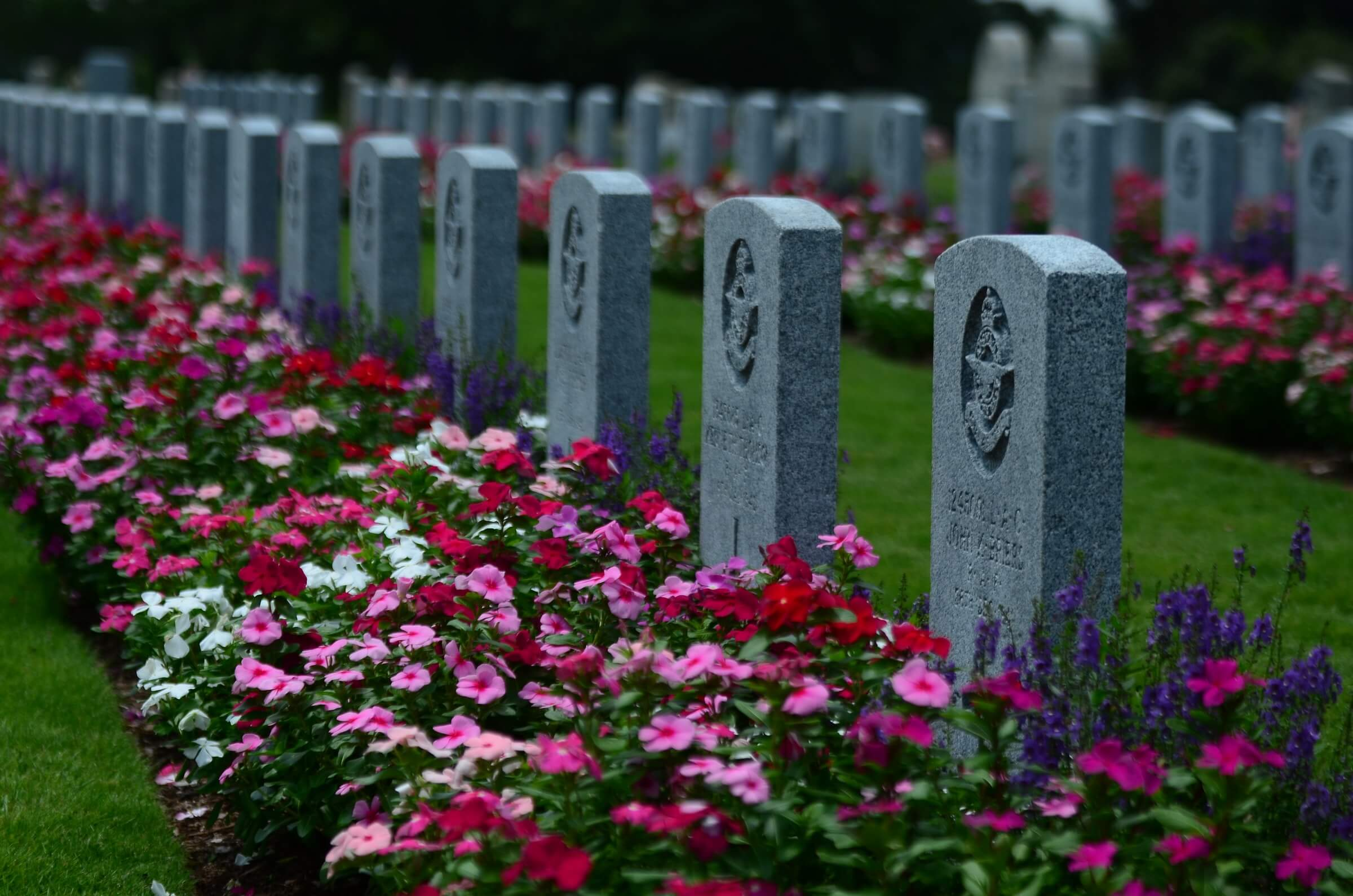 What are the Traditional Funeral Flowers in Singapore?